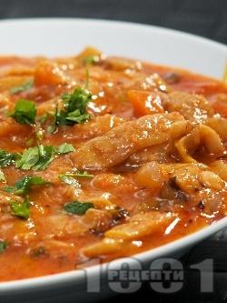 Яхния от зелен фасул (зелен боб) с лук, моркови, домати и чесън - снимка на рецептата